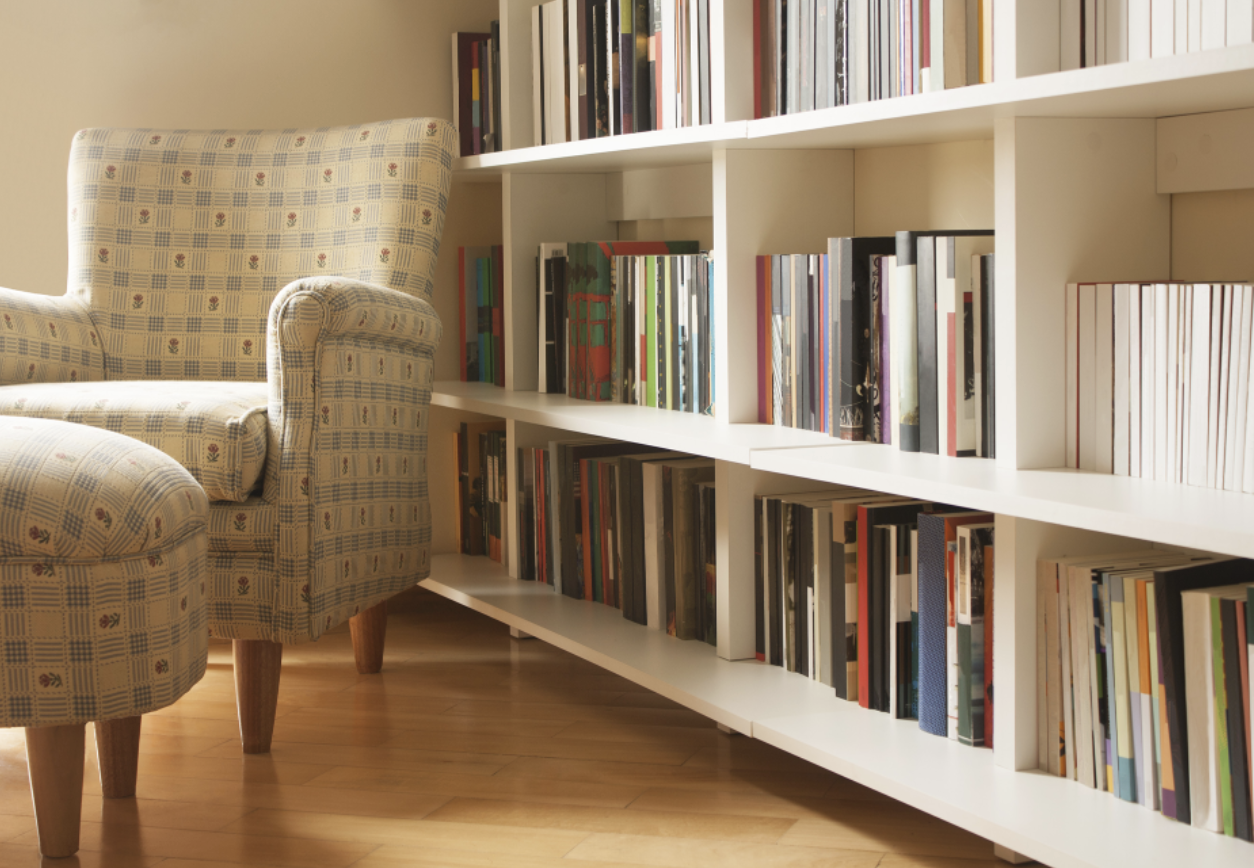 FITTED LIBRARIES – READING ROOMS WITH EXTRA CHARACTER